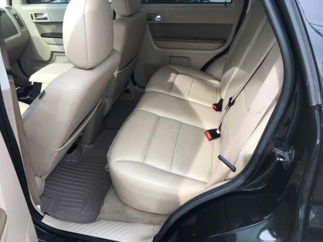 2011 Ford Escape Limited 4dr SUV - Victoria TX