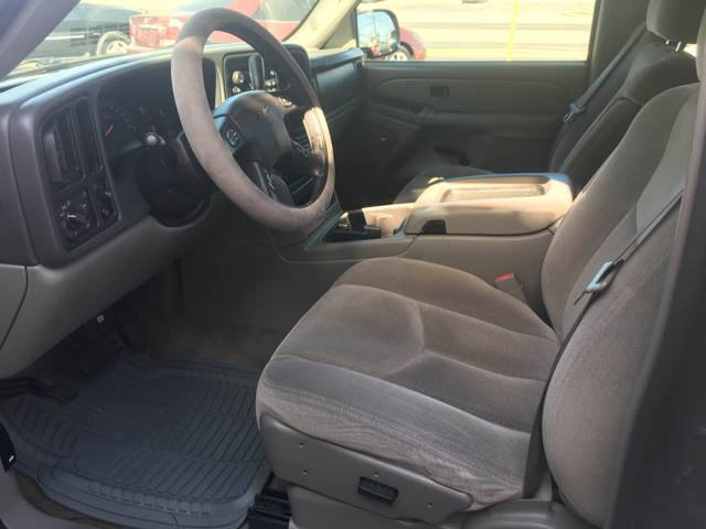 2005 GMC Yukon SLE 4dr SUV - Victoria TX