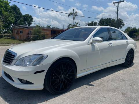 2009 Mercedes-Benz S-Class for sale at Truck Depot 2 in Miami FL
