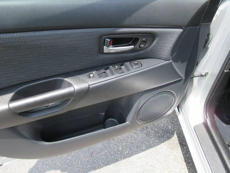 2008 Mazda MAZDA3 i Sport 4dr Sedan 5M - Plainville CT