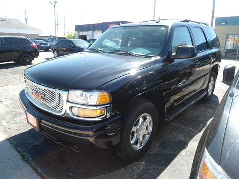 2004 GMC Yukon for sale in Racine, WI