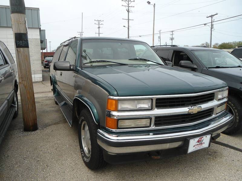 1999 Chevrolet Suburban for sale at G T Motorsports in Racine WI