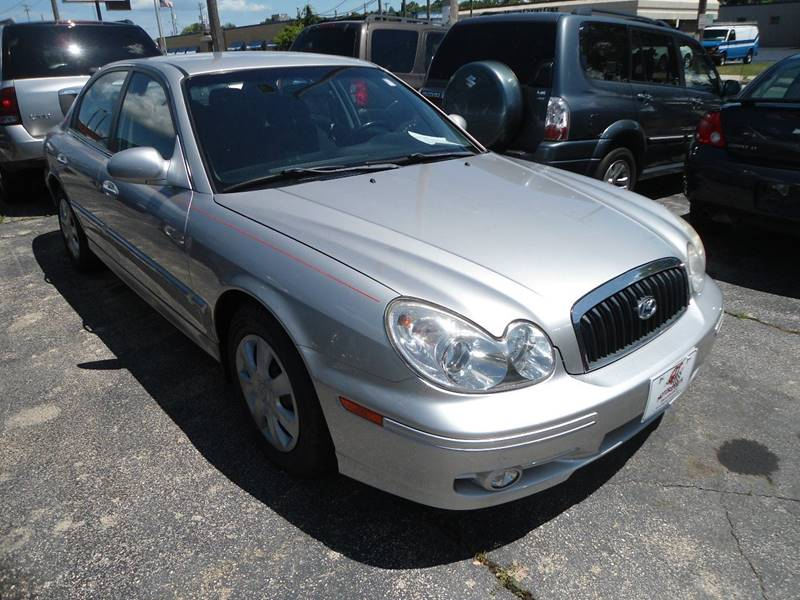2005 Hyundai Sonata for sale at G T Motorsports in Racine WI