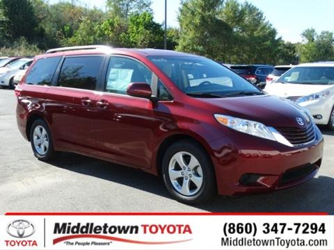 2017 Toyota Sienna for sale in Middletown, CT