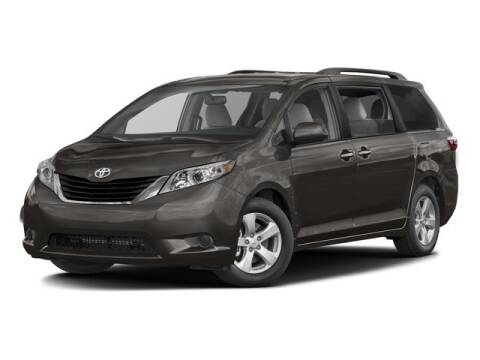 2017 Toyota Sienna LE 7-Passenger for sale at MIDDLETOWN TOYOTA in Middletown CT