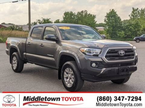 2017 Toyota Tacoma SR5 V6 for sale at MIDDLETOWN TOYOTA in Middletown CT