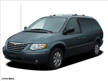 2005 Chrysler Town and Country for sale in Hibbing, MN