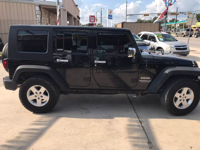 2010 Jeep Wrangler Unlimited 4x4 Sport 4dr SUV - Burnet TX