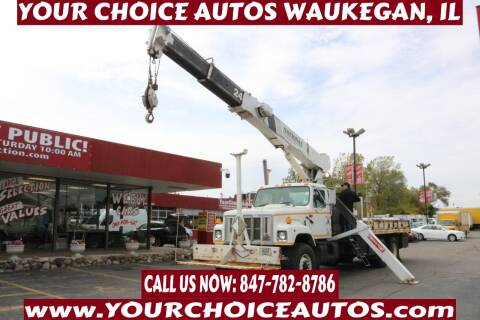2000 International 2574 for sale at Your Choice Autos - Waukegan in Waukegan IL