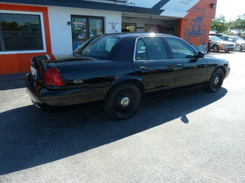2007 Ford Crown Victoria for sale at Victory Auto Group LLC in Stuart FL
