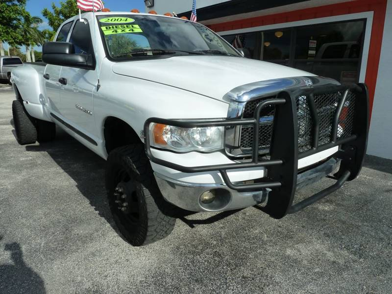 2004 Dodge Ram Pickup 3500 for sale at Victory Auto Group LLC in Stuart FL