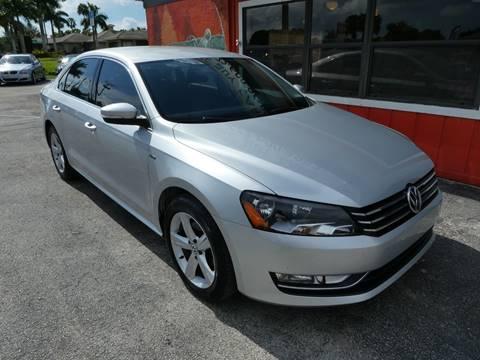 2015 Volkswagen Passat for sale in Stuart, FL