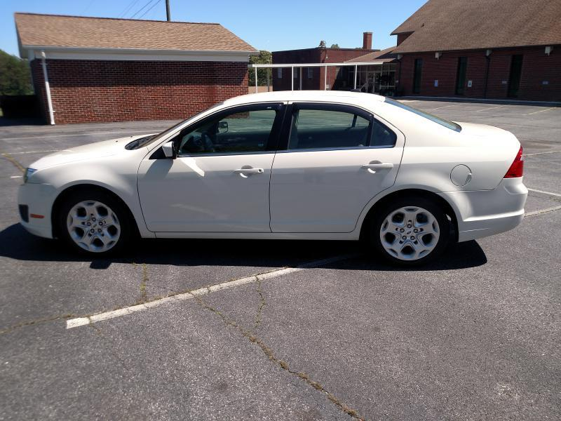 2011 Ford Fusion SE 4dr Sedan - Hickory NC