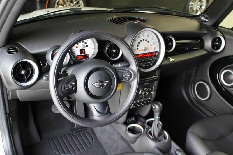 2014 MINI Convertible Cooper 2dr Convertible - San Mateo CA