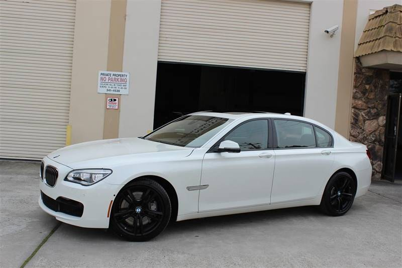 2015 BMW 7 Series 750Li 4dr Sedan