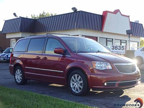 2014 Chrysler Town and Country for sale in Burnsville, MN