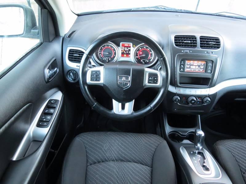 2012 Dodge Journey SXT 4dr SUV - Crystal MN