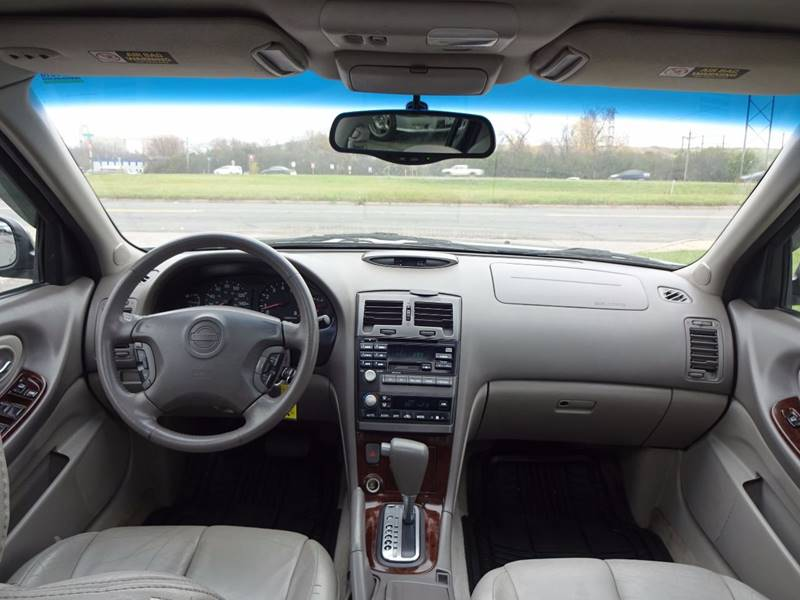 2001 Nissan Maxima GXE 4dr Sedan - Burnsville MN