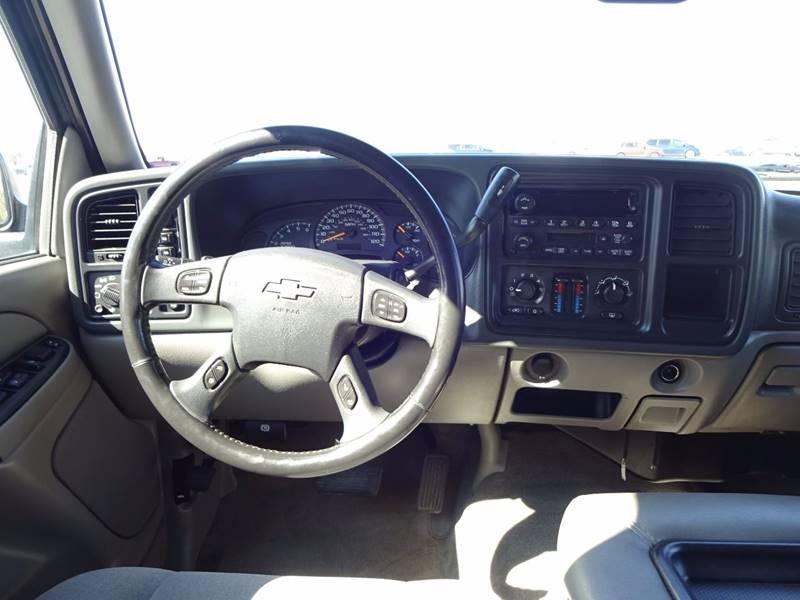 2005 Chevrolet Tahoe Fleet 4WD 4dr SUV - Burnsville MN