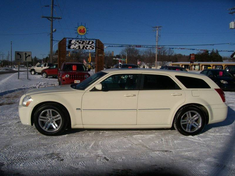 2005 Dodge Magnum for sale at O K Used Cars in Sauk Rapids MN