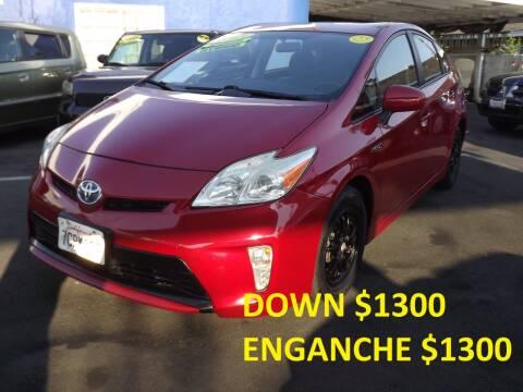 2013 Toyota Prius for sale at PACIFICO AUTO SALES in Santa Ana CA