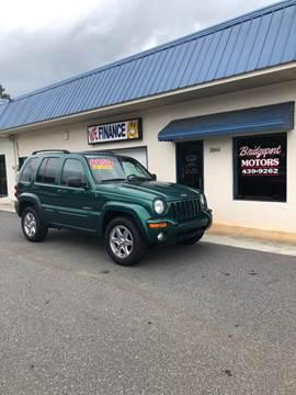 2004 Jeep Liberty for sale at BRIDGEPORT MOTORS in Morganton NC