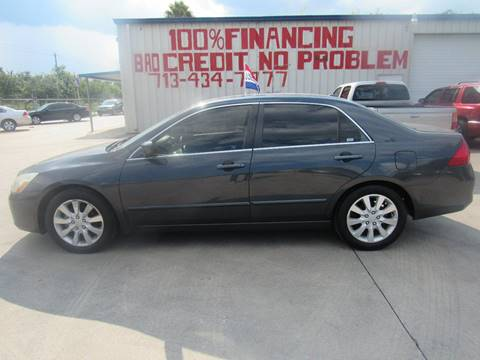 2006 Honda Accord for sale at SEVEN MOTORS INC. in Houston TX