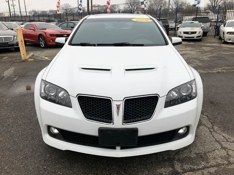2008 Pontiac G8  Miles 98615Color White Stock 505F VIN 6G2ER57728L151712