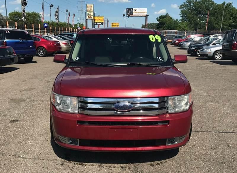 2009 Ford Flex  Miles 122122Color Red Stock 342EE VIN 2FMDK52C89BA09276