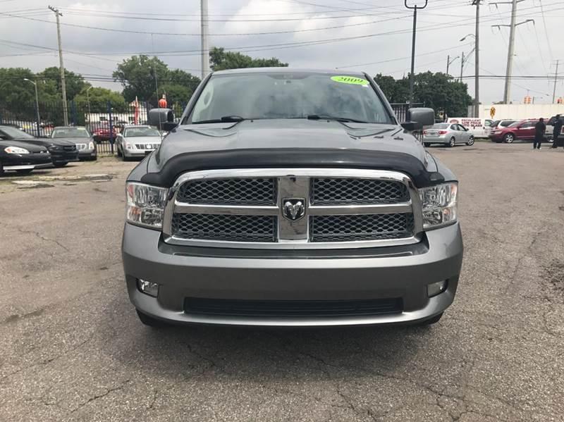 2009 Dodge Ram Pickup 1500  Miles 134895Color Gray Stock 562F VIN 1D3HV18T89S788138