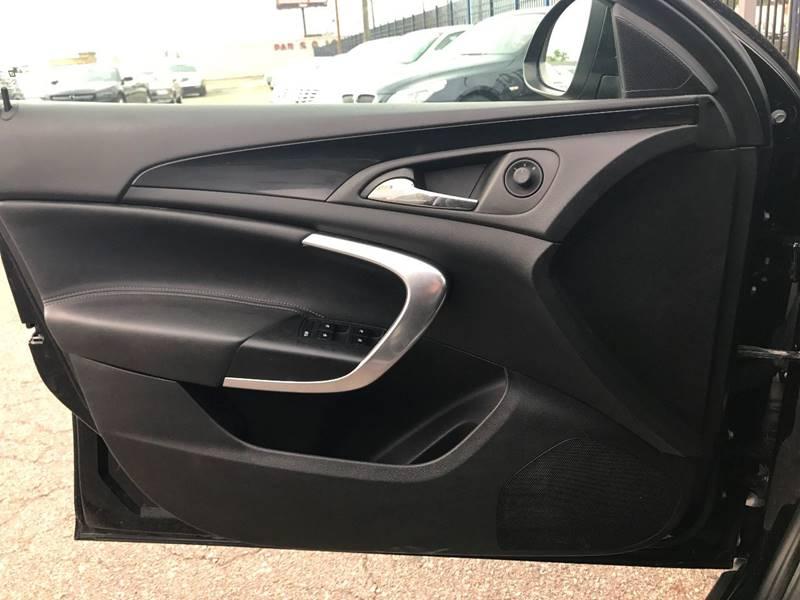 2011 Buick Regal CXL 4dr Sedan w/RL3 (CAN) - Detroit MI