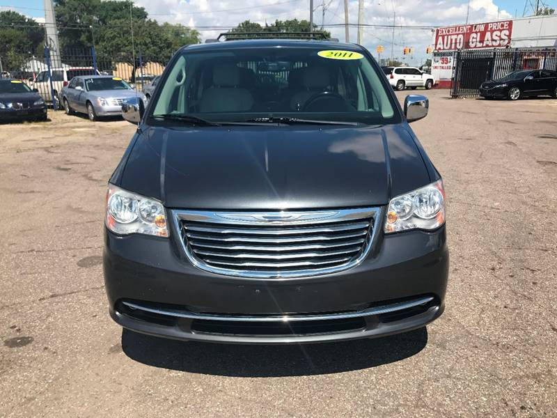 2011 Chrysler Town  Country  Miles 83823Color Gray Stock 585F VIN 2A4RR8DG8BR759386