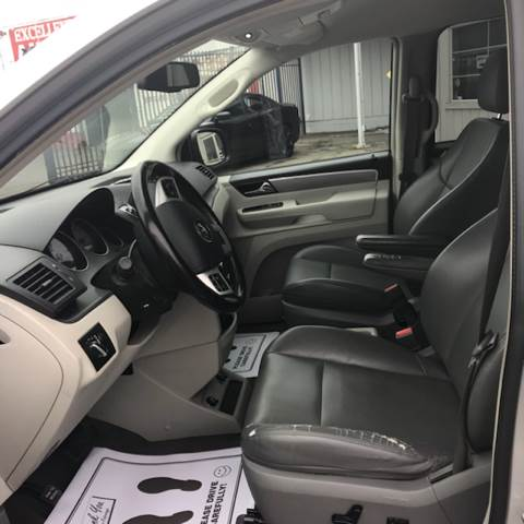 2011 Volkswagen Routan Detroit Used Car for Sale