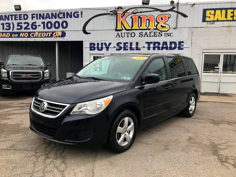 2010 Volkswagen Routan car for sale in Detroit