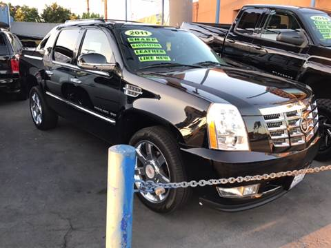 2011 Cadillac Escalade EXT for sale in South Gate, CA