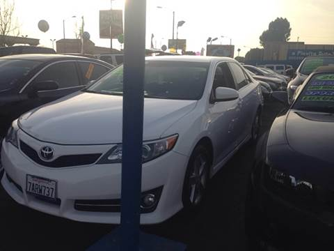 2013 Toyota Camry for sale at LA PLAYITA AUTO SALES INC in South Gate CA