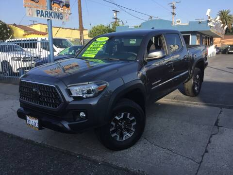 2018 Toyota Tacoma for sale at LA PLAYITA AUTO SALES INC in South Gate CA