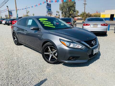 2017 Nissan Altima for sale at LA PLAYITA AUTO SALES INC - Tulare Lot in Tulare CA