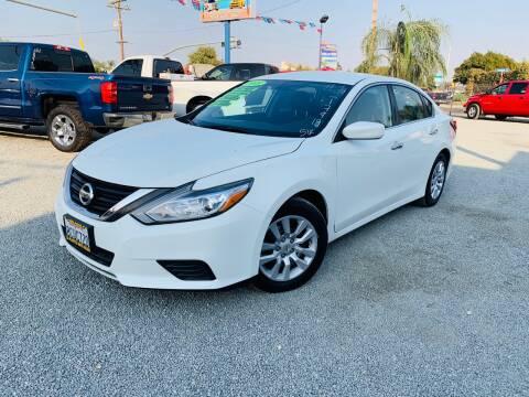 2018 Nissan Altima for sale at LA PLAYITA AUTO SALES INC - Tulare Lot in Tulare CA