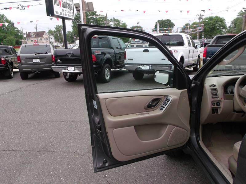 2005 Ford Escape AWD XLT 4dr SUV - Edison NJ
