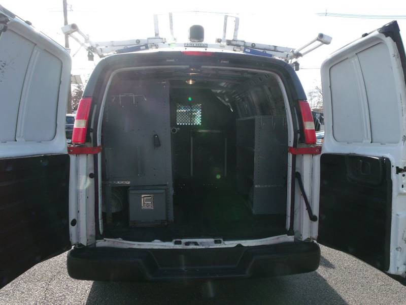 2009 Chevrolet Express Cargo 2500 3dr Cargo Van - Edison NJ