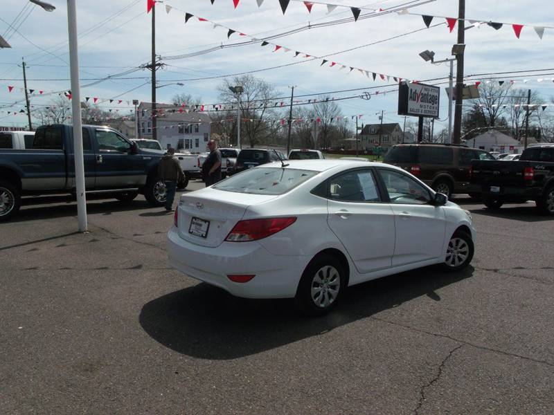 2015 Hyundai Accent GLS 4dr Sedan - Edison NJ