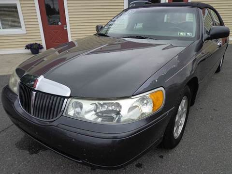 2000 Lincoln Town Car for sale in Carlisle, PA