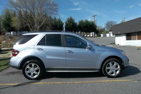 2007 Mercedes-Benz M-Class for sale at EAST VALDESE MOTORS in Valdese NC