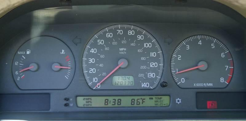 2001 Volvo C70 2dr HT Turbo Convertible - Valdese NC