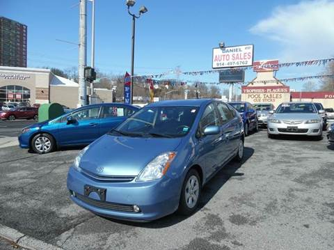 2006 Toyota Prius for sale at Daniel Auto Sales in Yonkers NY