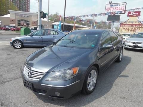 2005 Acura RL for sale at Daniel Auto Sales in Yonkers NY