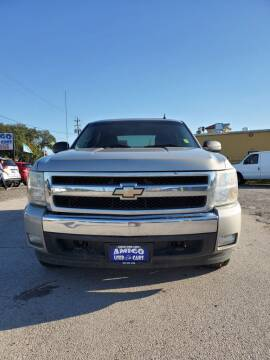 2008 Chevrolet Silverado 1500 for sale at AMIGO USED CARS in Houston TX