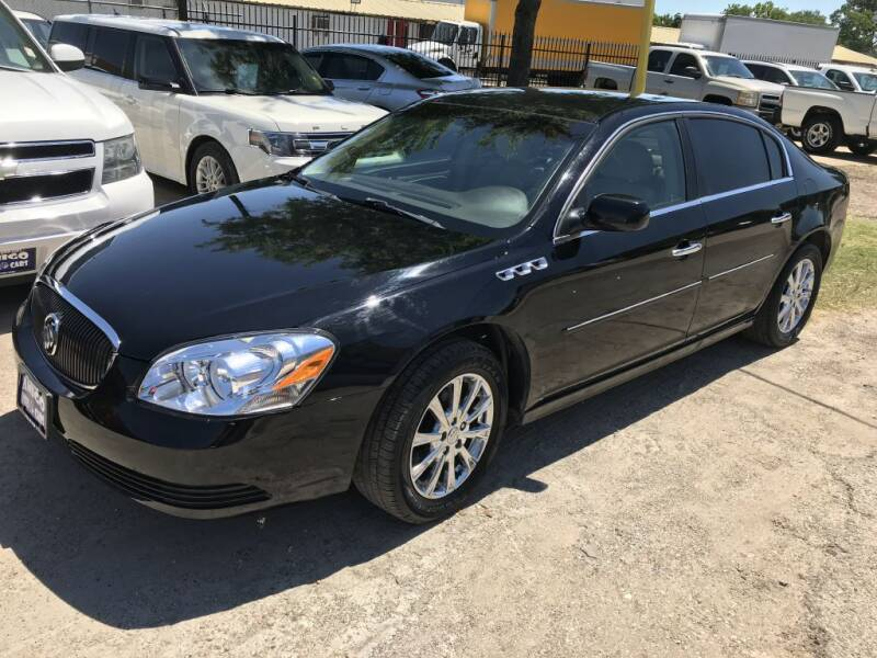 2011 Buick Lucerne for sale at AMIGO USED CARS in Houston TX