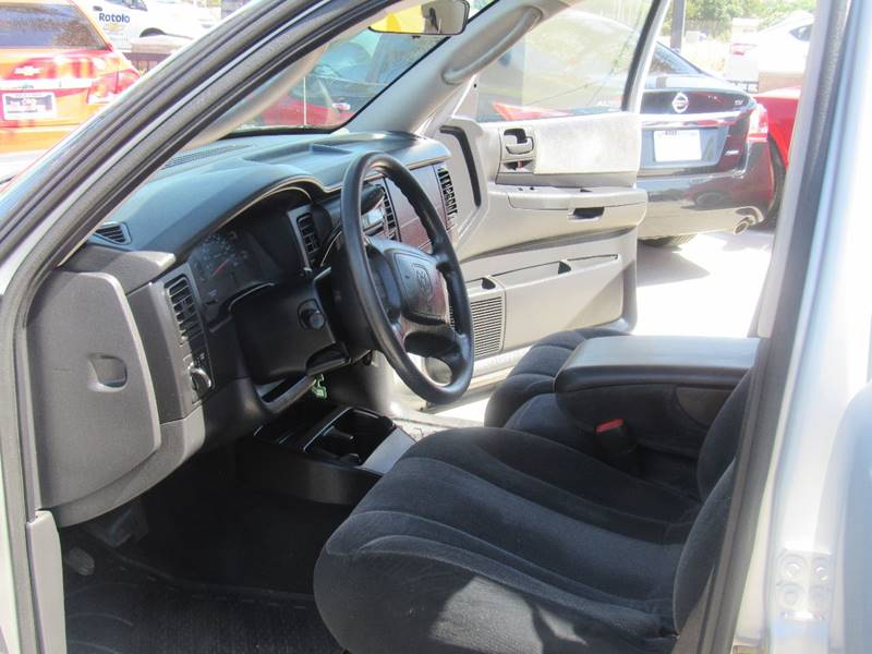 2003 Dodge Dakota for sale at Los Compadres Auto Center in Bloomington CA